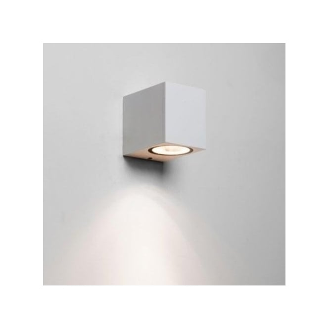 Astro Lighting Chios 80 Single Light Outdoor Wall Fitting in White Finish (Dimmable)
