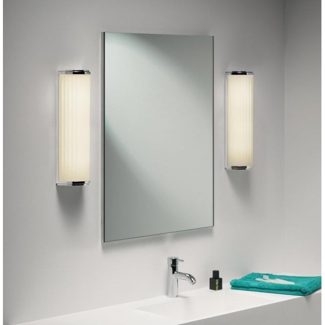 Astro Lighting Monza Plus 400 Low Energy Single Light Bathroom Wall Fitting in Polished Chrome