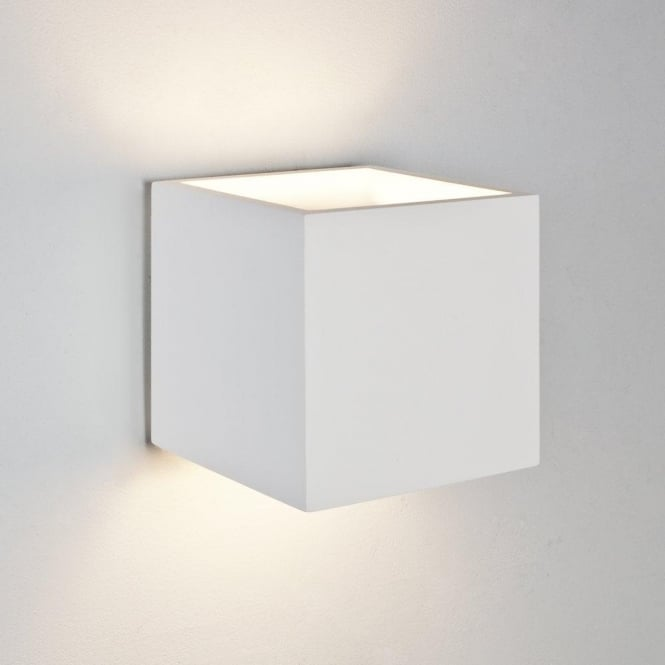 Astro Lighting Pienza 165 Single Light Ceramic Wall Fitting In White Finish