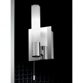 Single Light Switched Bathroom Wall Fitting In Polished Chrome Finish