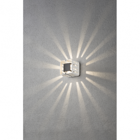 Pescara Single Light High Powered LED Square Wall Fitting in Painted White Aluminium Finish